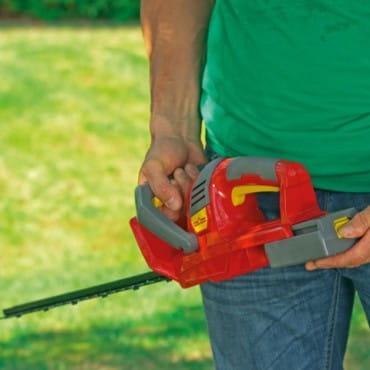 Аккумуляторные ножницы для живой изгороди